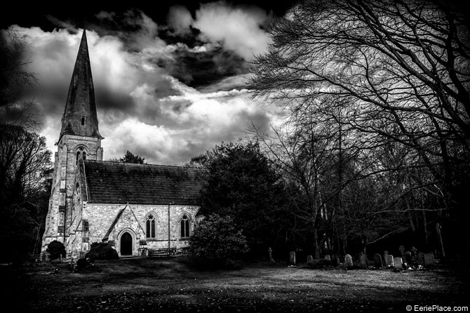 abandoned church4